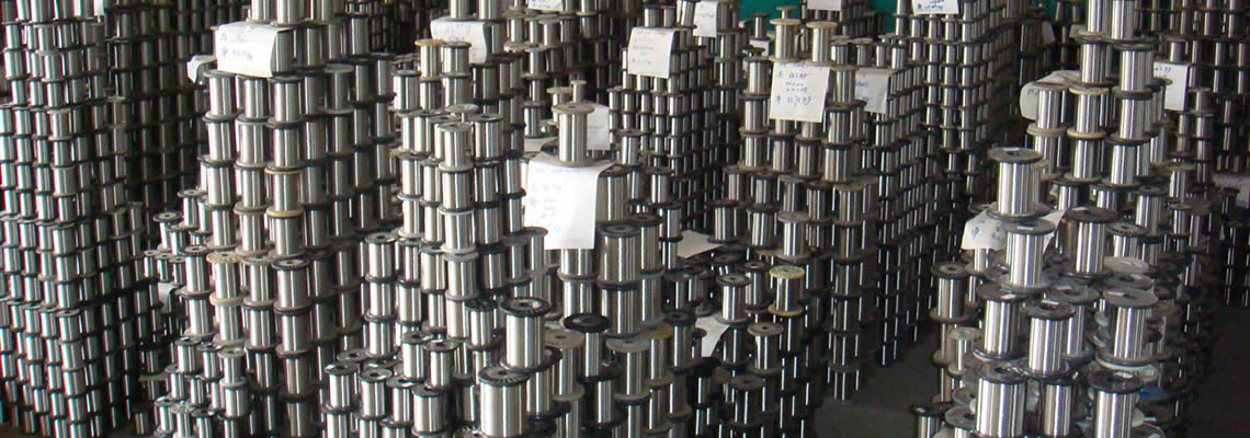 A large number of stainless steel electrolysis wires in warehouse.